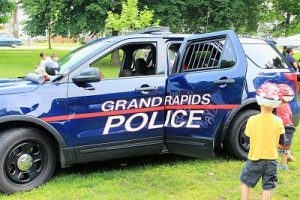 grand-rapids-police-car-lids-for-kids